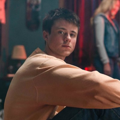 let me down slowly Alec Benjamin