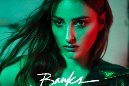 BANKS – Gimme